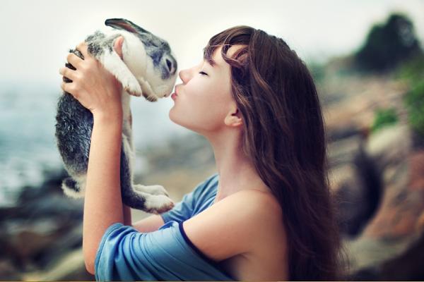 El conejito y su amiga